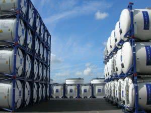Хранение наливных грузов