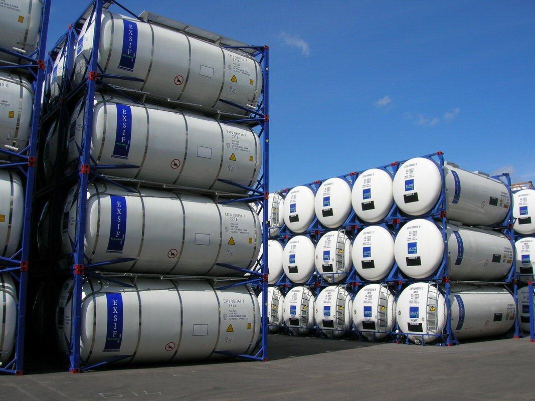 Хранение танк контейнеров