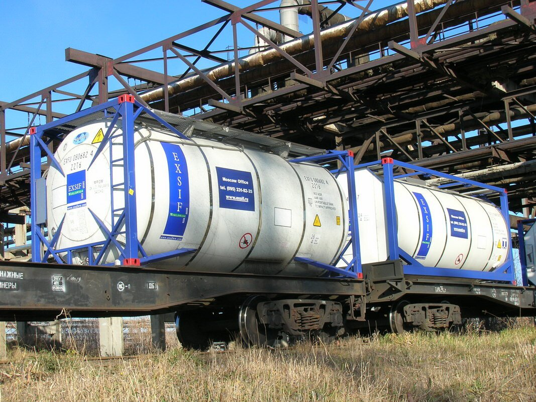 Железнодорожные цистерны для перевозки масла