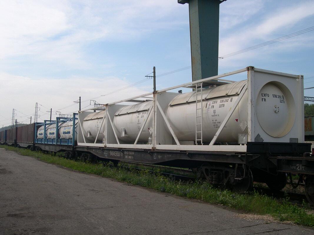 Железнодорожные цистерны для перевозки нефтепродуктов