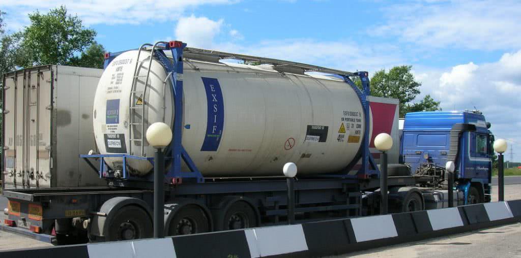 Танк-контейнер цистерна